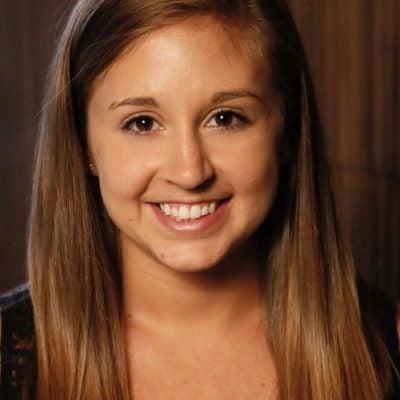 Sarah Wetter Headshot