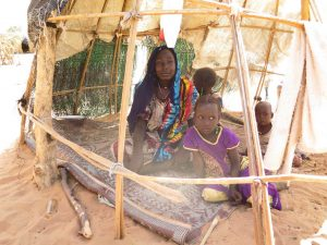 Chad internal displacement family pictures