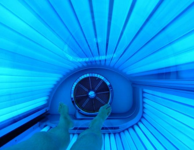 Tanning bed picture